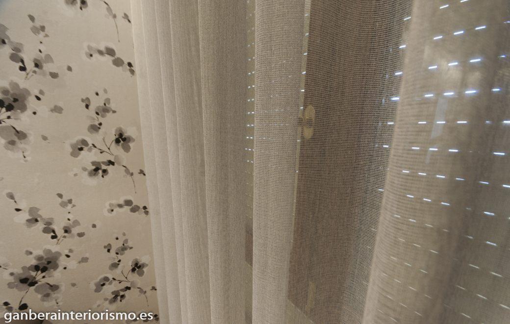 Cortinas y visillos galer a im genes ganbera interiorismo for Visillos para cortinas